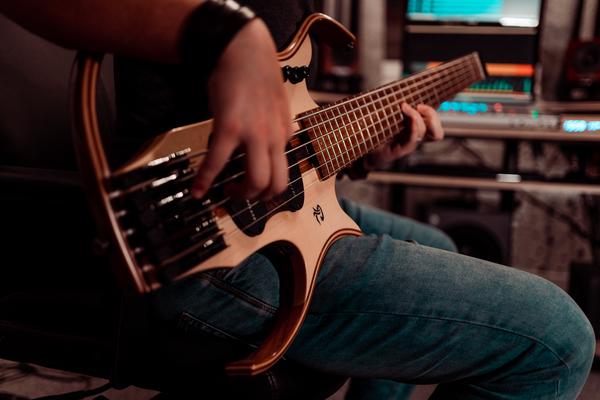 Le service composition et création sonore proposé par Medvedkine Studio